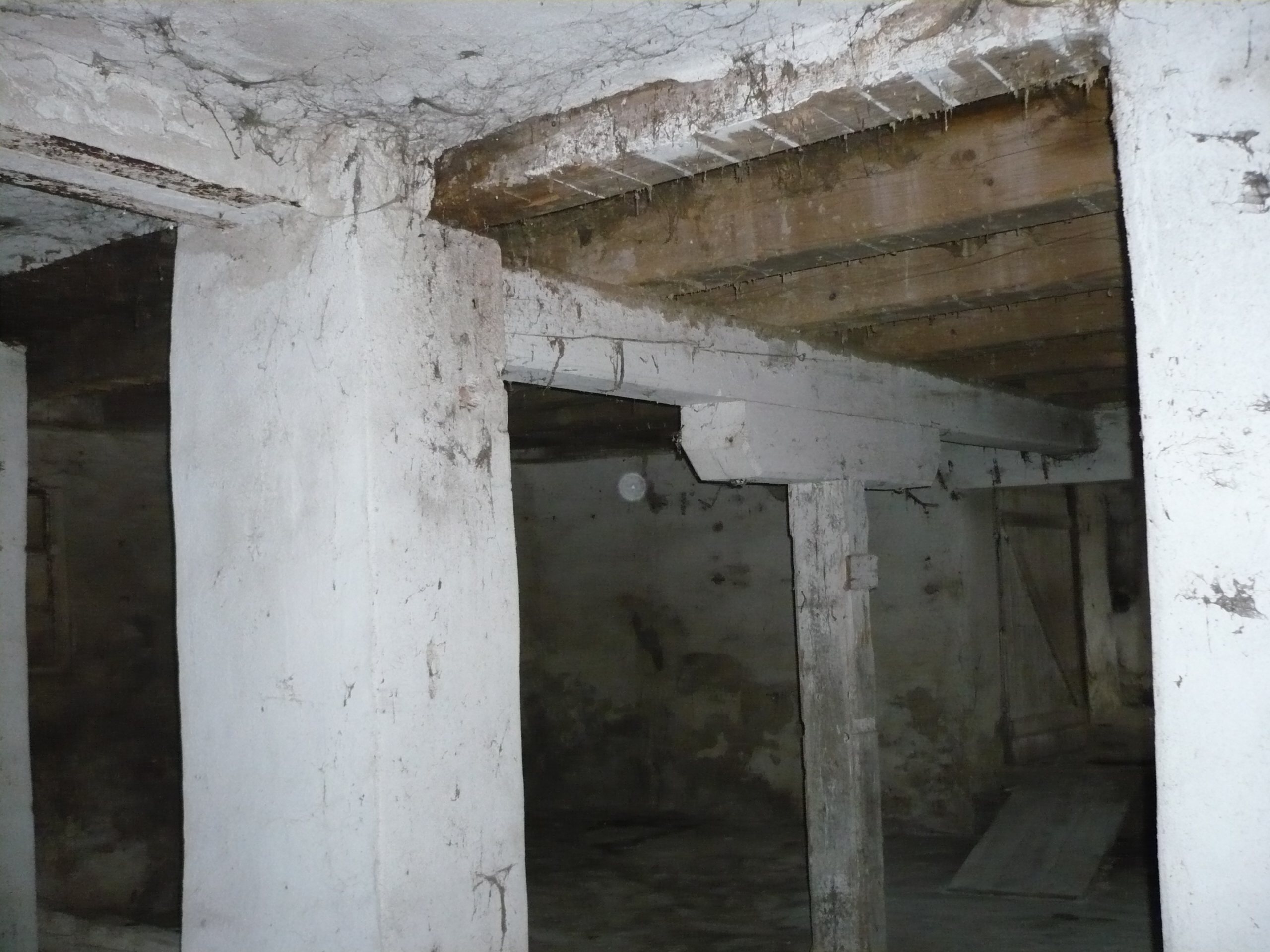 Práce na mlýně 061.jpg